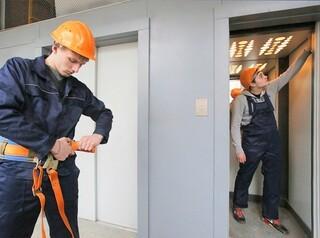 За неработающие лифты в новостройке должностное лицо УК оштрафовали на 50 тысяч рублей