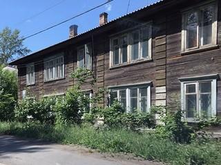 До 1 декабря в Красноярске снесут 8 бараков на Свердловской в районе «Бобрового Лога»