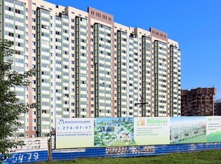 В Красноярске станет меньше рекламы на заборах