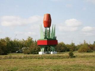Стелу «Тюльпан» на Узловой заменят на современные конструкции