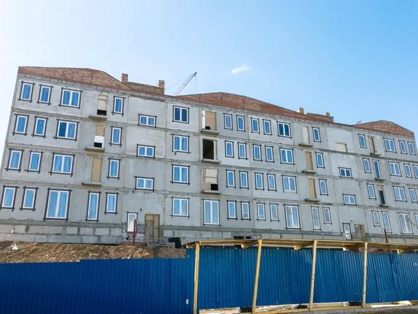 Фото Жилой комплекс ЖИВЁМ эко-район, 2 квартал, дом 2, 24 апреля 2018