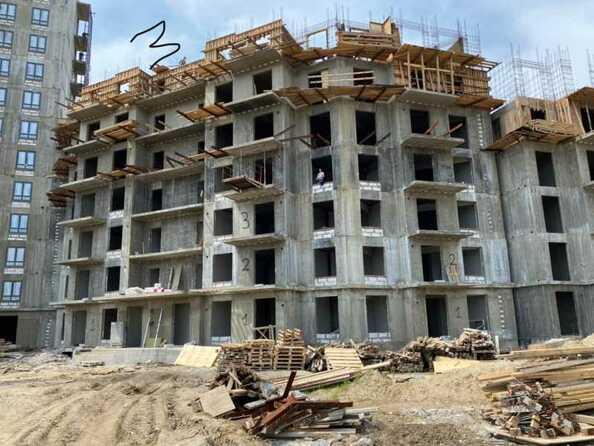 Ход строительства 8 июля 2021. Блок-секция 3