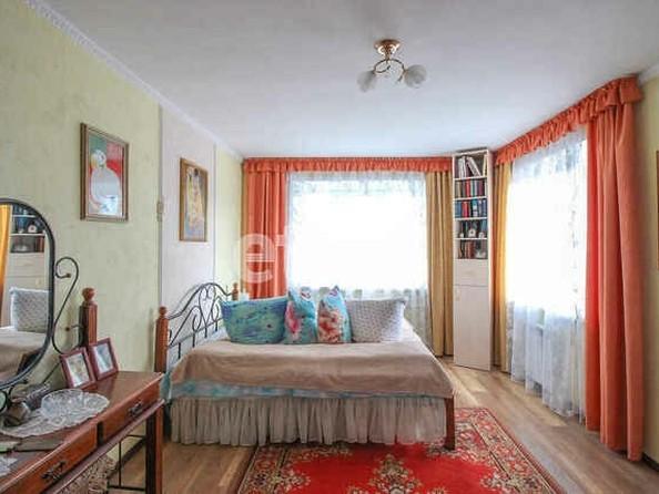 Продам 3-комнатную, 87 м2, Лазурная ул, 51. Фото 4.