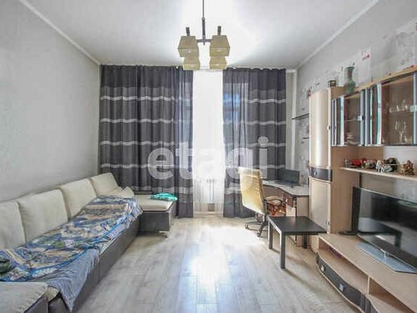 Продам 2-комнатную, 53 м2, Строителей пр-кт, 22. Фото 2.