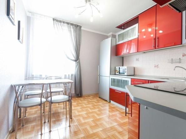 Сдам посуточно в аренду 1-комнатную квартиру, 43 м², Барнаул. Фото 2.