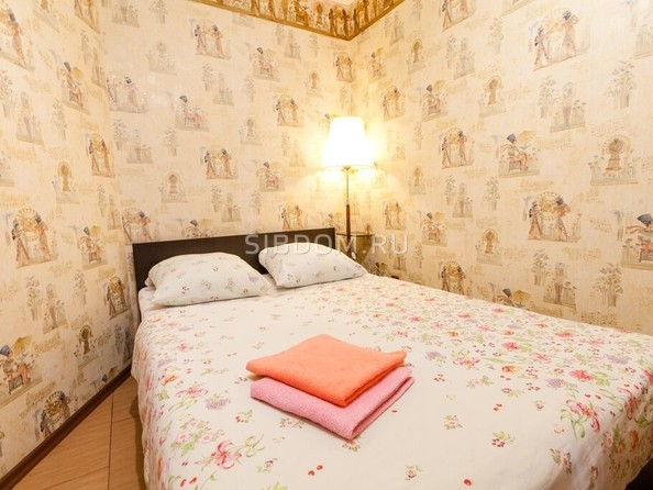 Сдам посуточно в аренду 2-комнатную квартиру, 42 м², Барнаул. Фото 2.