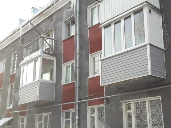 Продам 3-комнатную, 43 м2, Павловский тракт, 60. Фото 1.