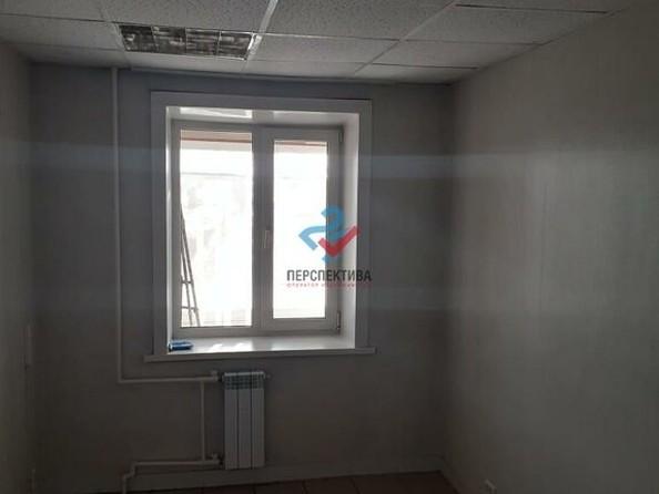 Продам 2-комнатную, 44 м², Петра Мерлина ул, 2. Фото 5.