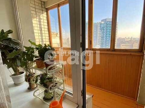 Продам 2-комнатную, 98 м², Партизанская ул, 132. Фото 5.