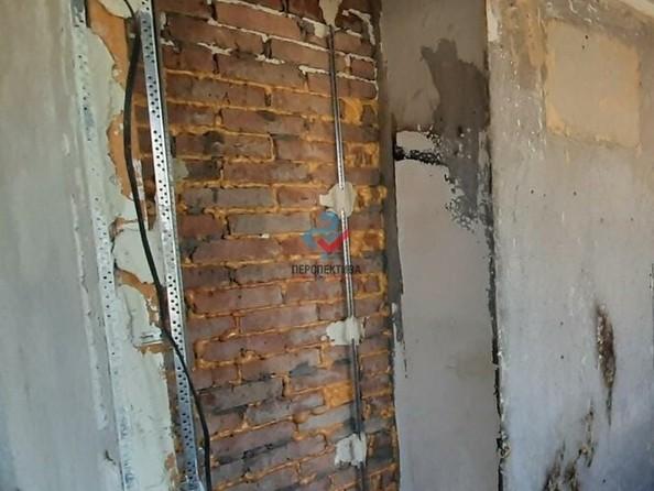 Продам 3-комнатную, 49 м², Светлова ул, 88. Фото 5.