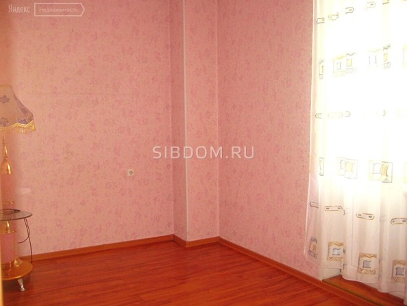 Продам 3-комнатную, 60 м², Антона Петрова ул, 198. Фото 3.