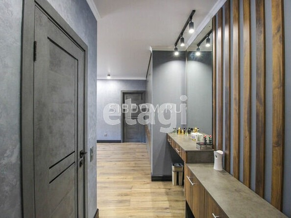 Продам 2-комнатную, 60 м2, Змеиногорский тракт, 104П. Фото 2.
