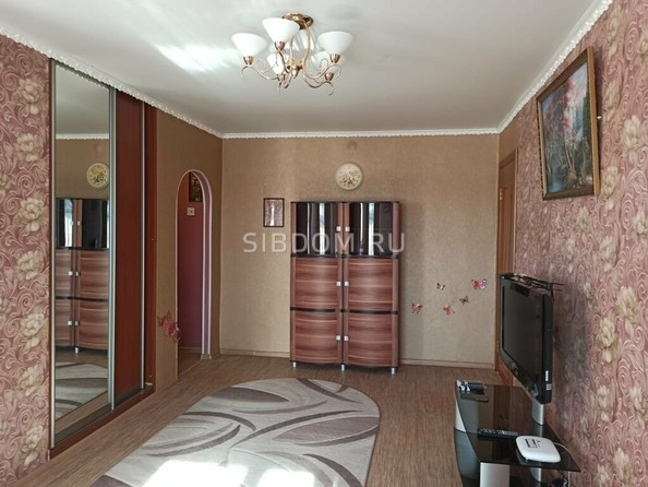Сдам посуточно в аренду 2-комнатную квартиру, 40 м², Новоалтайск. Фото 1.