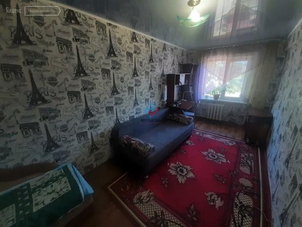 Продам 2-комнатную, 45 м², Ленинградская ул, 60/2. Фото 5.