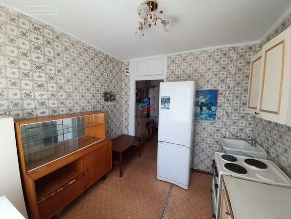 Продам 1-комнатную, 35.4 м², Солнечная Поляна ул, 35. Фото 3.