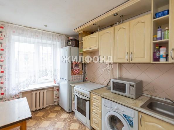 Продам 3-комнатную, 55.9 м², Ленина пр-кт, 96. Фото 11.