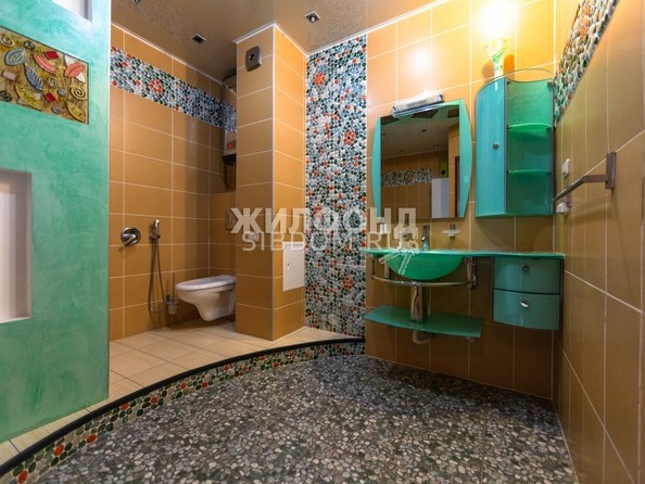 Продам 4-комнатную, 141.7 м², Партизанская ул, 105. Фото 13.