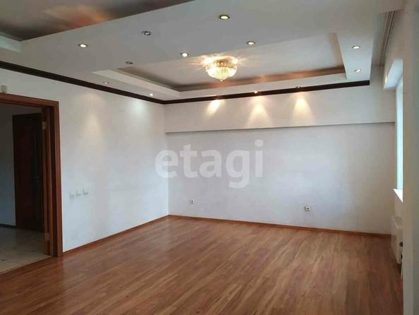 Продам 2-комнатную, 77.1 м2, Добролюбова ул, 37Б. Фото 1.