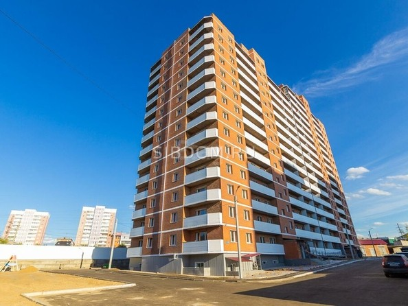 Продам 2-комнатную, 53.4 м², Ключевская ул, 6Д. Фото 3.