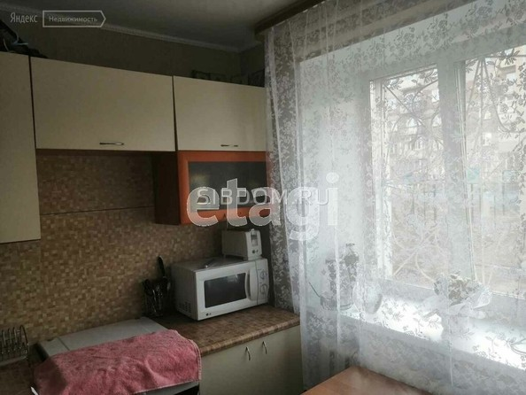 Продам 1-комнатную, 36 м2, Комарова ул, 11. Фото 5.