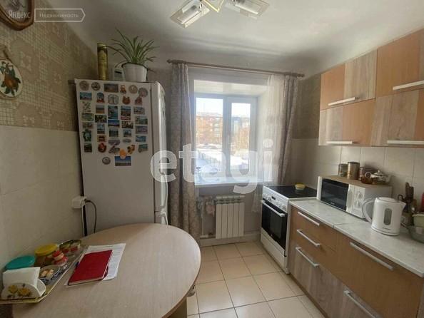 Продам 2-комнатную, 43.8 м2, Гагарина ул, 18. Фото 3.