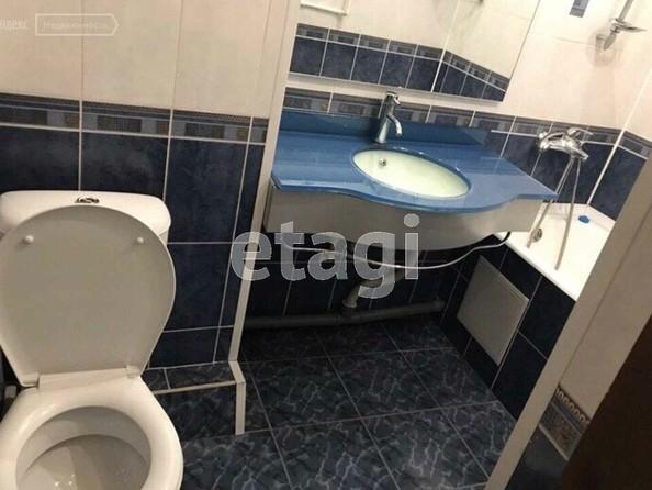 Продам 2-комнатную, 46.9 м², Ермаковская ул, 37. Фото 3.