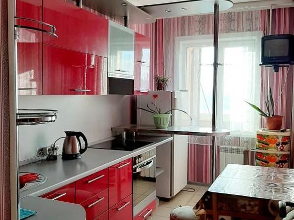 Продам 2-комнатную, 47.7 м2, Розы Люксембург ул, 353. Фото 1.