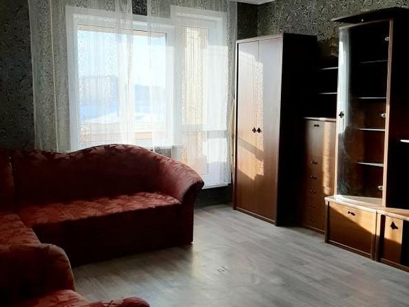 Продам 2-комнатную, 47.7 м2, Розы Люксембург ул, 353. Фото 13.