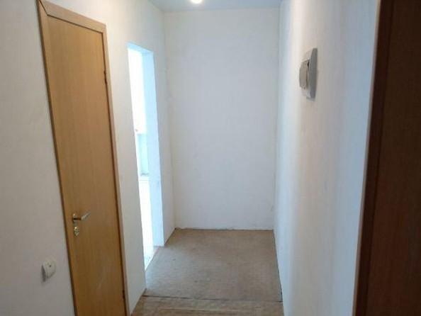 Продам 2-комнатную, 42 м2, Аэрофлотская ул, 1. Фото 1.