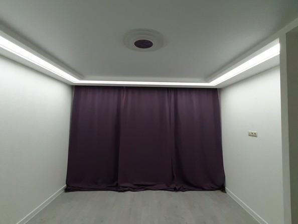 Продам 3-комнатную, 65 м2, Юбилейный мкр, 22. Фото 3.