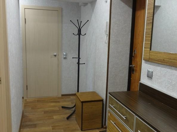 Продам 2-комнатную, 47 м², Красноярская ул, 37. Фото 3.
