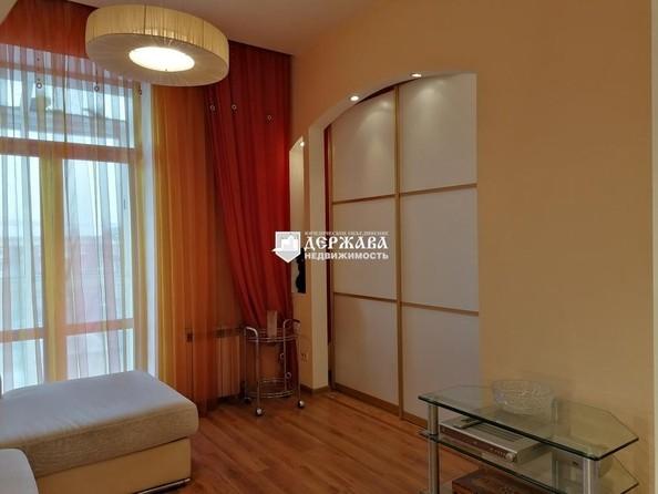 Продам 3-комнатную, 70 м², Советский пр-кт, 44. Фото 3.
