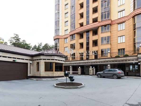 Продам 4-комнатную, 150 м2, Богдана Хмельницкого ул, 11/3. Фото 3.