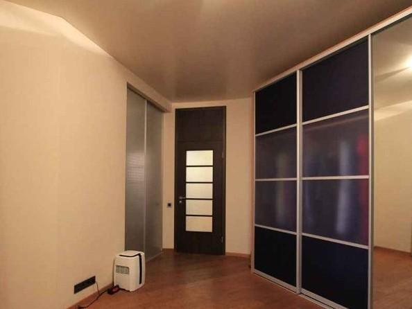 Продам 4-комнатную, 120 м2, Державина ул, 61. Фото 2.