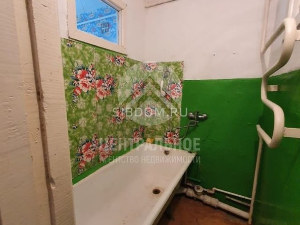 Продам 2-комнатную, 41 м2, 2-й кв-л, 18. Фото 6.