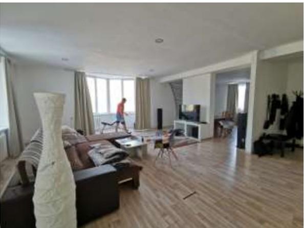 Продам 3-комнатную, 186 м², Октябрьская ул. Фото 13.