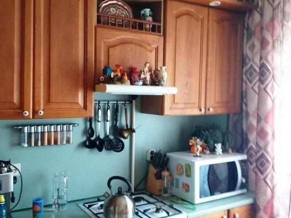 Продам 3-комнатную, 63 м2, 70 лет Октября ул, 14/2. Фото 15.