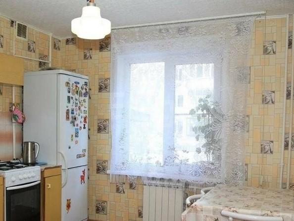 Продам 3-комнатную, 70 м2, Дмитриева ул, 13/6. Фото 1.