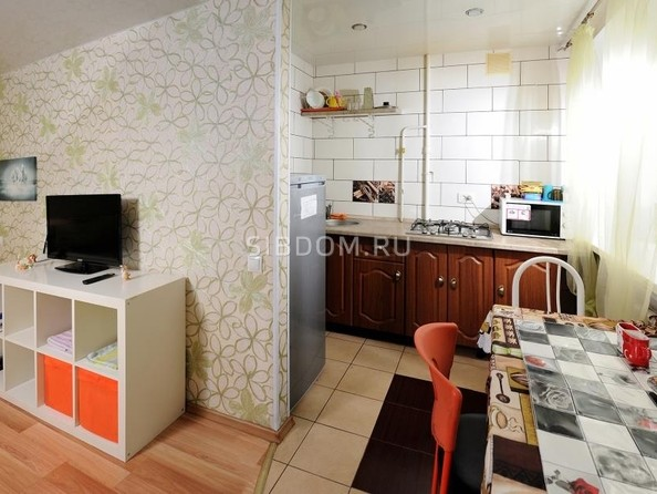 Сдам посуточно в аренду 1-комнатную квартиру, 33 м², Омск. Фото 2.