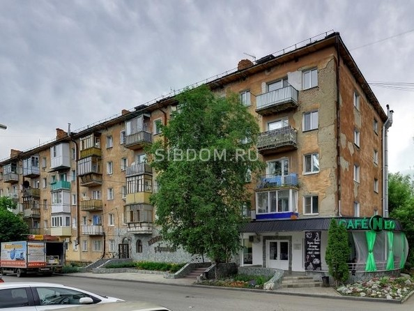 Сдам посуточно в аренду 1-комнатную квартиру, 33 м², Омск. Фото 5.