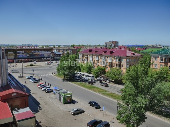 Сдам посуточно в аренду 2-комнатную квартиру, 52 м², Омск. Фото 12.