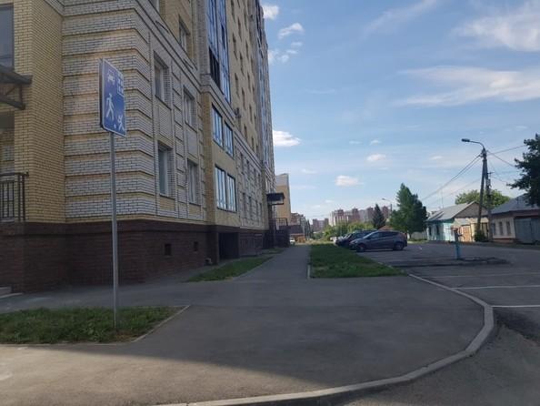 Продам 2-комнатную, 60.9 м², Северная 3-я ул, 123. Фото 19.