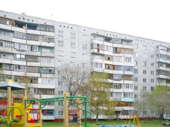 Продам 2-комнатную, 53 м², Лукашевича ул, 2в. Фото 9.