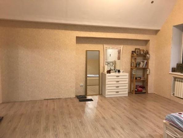 Продам 3-комнатную, 149 м², Куйбышева ул, 6а. Фото 10.